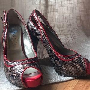 Guess shoe 7m